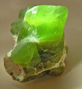 Forsterite (Var.: Olivine) by Rob Lavinsky, iRocks.com – CC-BY-SA-3.0